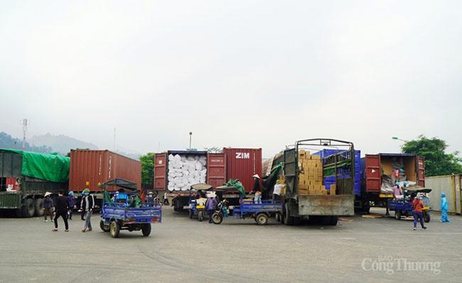 Quảng Ninh: Hoạt động xuất nhập khẩu có nhiều khởi sắc