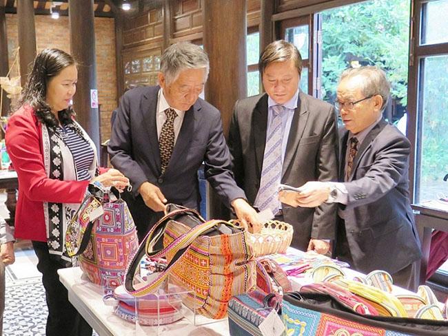 Cơ hội xuất khẩu hàng thủ công mỹ nghệ trên Amazon