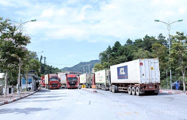 Lạng Sơn: Công nghiệp, thương mại duy trì hoạt động ổn định trong bối cảnh đại dịch